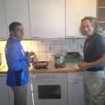 Kokken Tahir, sammen med ledsager Alf Henrik
